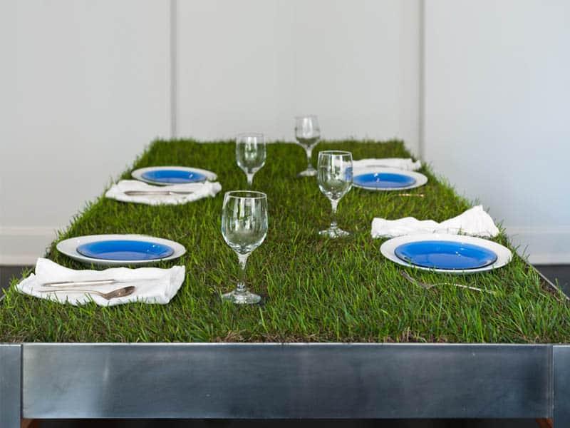 Een grasmat op tafel   Tuin en Balkon