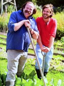 boek - vader en zoon strawbridge - not easy beeing green
