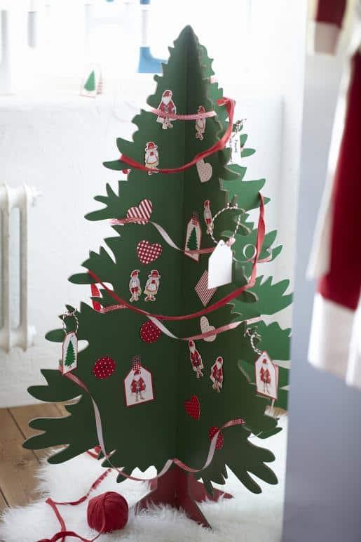 ikea kerstboom voor mensen met een klein huis tuin en balkon. Black Bedroom Furniture Sets. Home Design Ideas