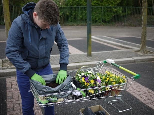 dutch-bicycle-garden-5